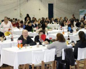 Jantar anual da ABEFI lota ginásio do Sinodal