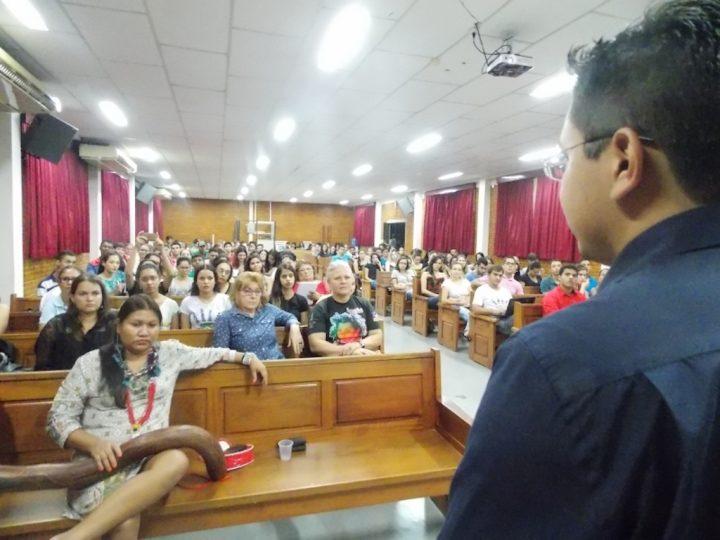 Lideranças indígenas participam de seminário sobre Direitos Indígenas e Conjuntura Política