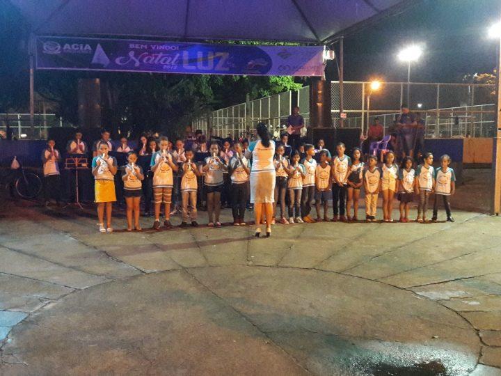 Natal Luz de Ariquemes recebe Cantatas de Natal de crianças e adolescentes
