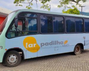 Micro-ônibus é adquirido com doações pelo Lar Padilha