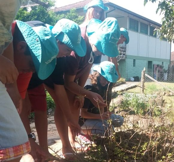 Centro Municipal de Estudos Ambientais de Sapiranga recebe visita do Lar Padilha