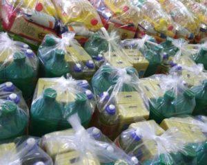 Pró Ludus recebe cestas básicas de alimentos e de material de limpeza para doar às  famílias das crianças e adolescentes da instituição